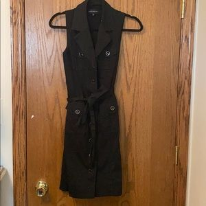 Jones New York sleeveless black dress